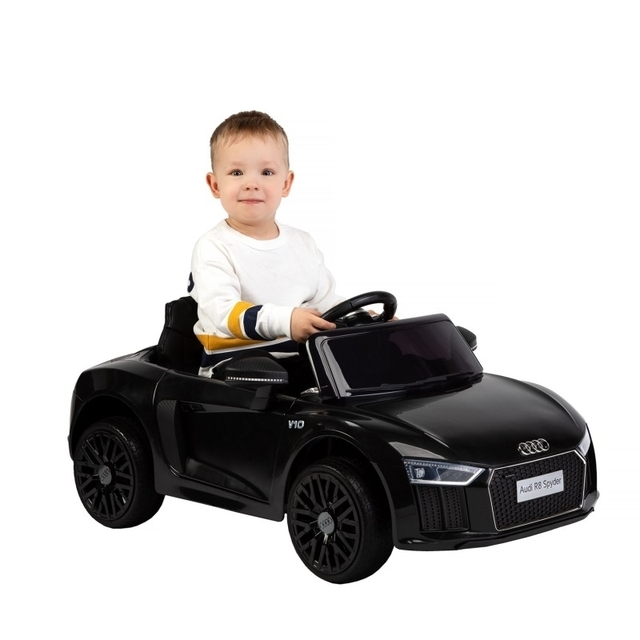 The latest licensed black electric car AUDI R8
