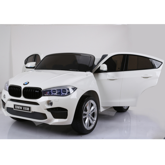 Original white electric car BMW X6M 2199 with remote control