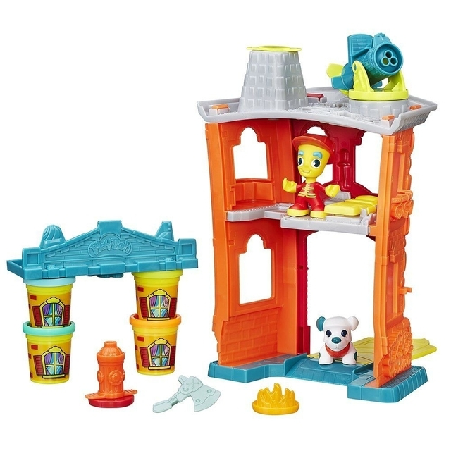 PLAY DOH Town Firehouse set