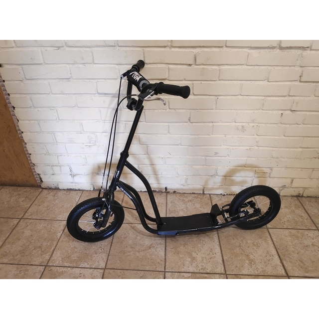 Самокат STIGA Air Scooter 12 (экспозиция)